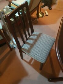 Free Extending Dining Table With 2 Chairs