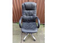 Swivel Office/Computer chair