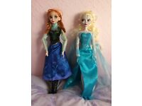 Frozen Elsa and Anna singing light up dolls