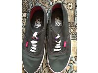 Ladies plimsolls