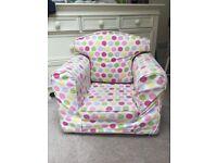 Children's arm chair