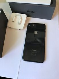 Apple iPhone 8 - 64GB - Space Grey (Unlocked) broken homeB/but fingerprint works
