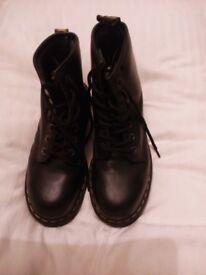 Men's Black Doctor Marten Boots with Steel Toe Caps Size 6