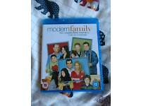 Modern Family Season 1 Blu ray