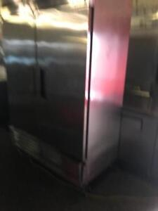 True t-49f double door stainless freezer (  excellent condition ! ) only $1495! Retails over $4500++