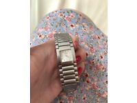 BEAUTIFUL Ladies bracelet Baume & Mercier Catwalk watch in stainless steel Circa 2000
