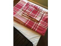 Double Duvet Cover & 2 Matching Pillow Covers