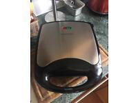 Argos Cookworks 4 Slice Sandwich Toaster