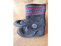 Clarks girls suede boots 2 1/2 f