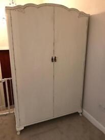 Large uncycled wardrobe