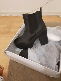 Brand new chelsea boots size 3