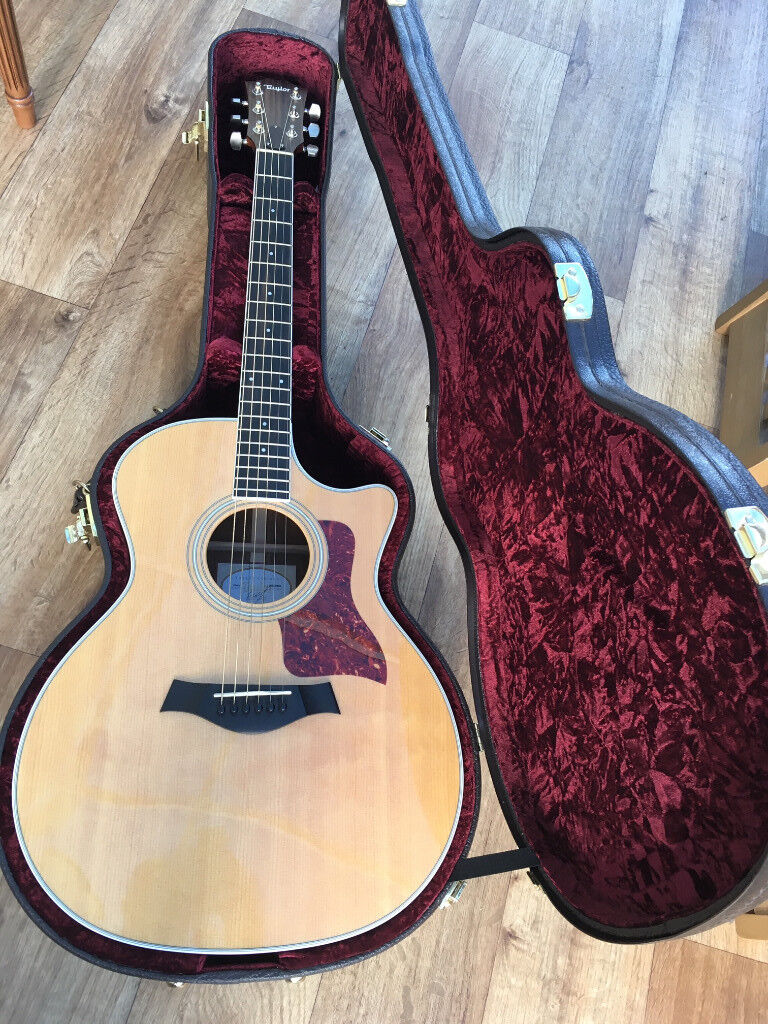 7e2dd4c2618 Taylor Acoustic Guitar 414CE 2015 in mint condition with Taylor Hardcase