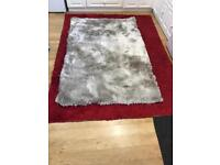 B&M home rug in white like NEW