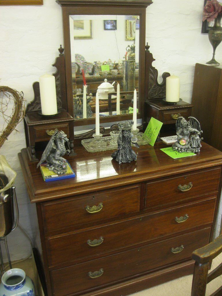 ANTIQUE QUALITY VICTORIAN ORNATE MAHOGANY DRESSING TABLE WITH DETACHABLE MIRROR. VIEWING/DELIVERY