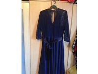 BEAUTIFUL NAVY BLUE CHRISTMAS /PROM / BALL DRESS FOR SALE SIZE 18