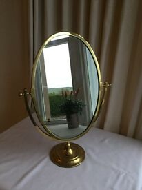 VINTAGE VANITY TABLE MIRROR
