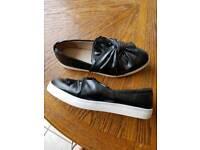 Lady's size 8 shoes