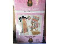 Wholesale joblot of 40x 4pc Apron set