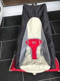 Travel bouncer - tiny love take-along bouncer. Excellent condition, perfect to take on holiday!