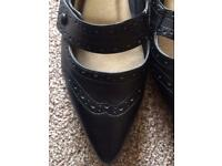 Black flat shoes size 8 brand new