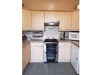 Kitchen units, worktop and sink