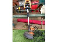 Worx electric strimmer and strimmer line