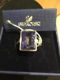 Beautiful ladies Swarovski ring