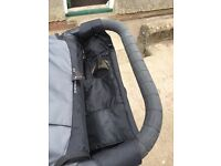 Baby Jogger City Mini GT pushchair with car seat adaptors and parent console. Great condition.