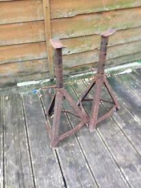 Pair of strong axel stands £10
