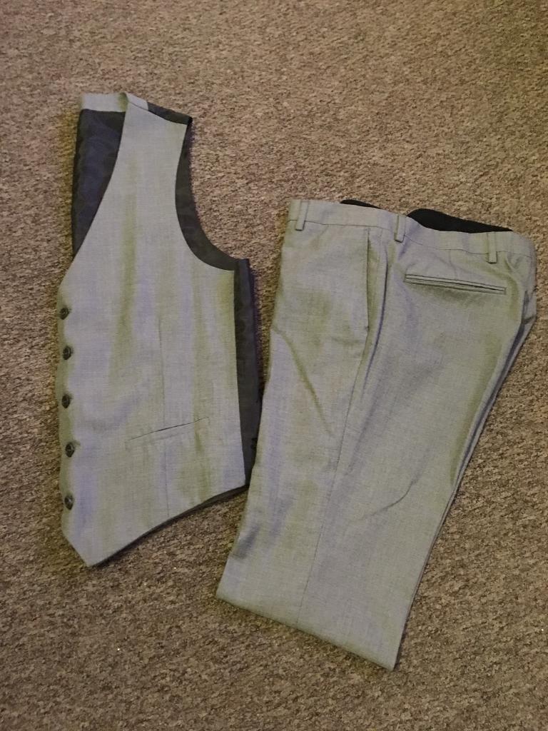 Men's grey River Island two piece suit