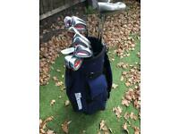 Great of golf clubs and bag / Trolley