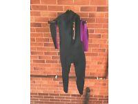 Lady's size 8 wetsuit