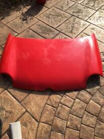 Lupo bonnet red