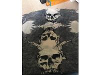 Large skull motif fashion scarf