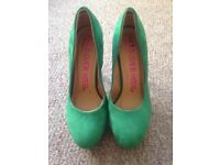 Dune suede green shoes size 6