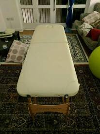 Portable wooden massage couch with all accessories