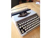 Vintage Royal 200 Typewriter 1960s