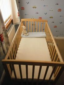 Kinder Valley Kai Cot