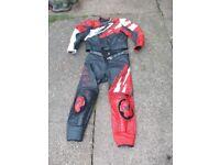 2 piece dainese bike leathers size 56