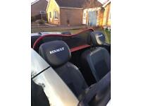 Renault Megane MK3 convertible wind break.