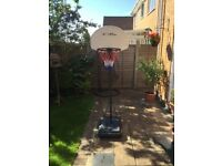 BEE-BALL BASKET BALL STAND AND NET IN VERY GOOD CONDITION