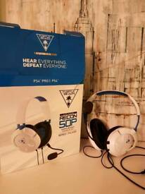 Turtle Beach Recon 50p headset in White PS4/Xbox/PC