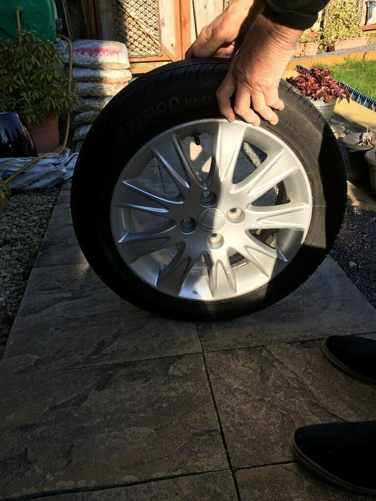 Honda Jazz Alloy Wheel In Ammanford Carmarthenshire Gumtree