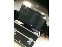 LG 50PK350 50-inch Widescreen HD ready 1080p Plasma TV with Flight Case - Suitable For Hire or DJS