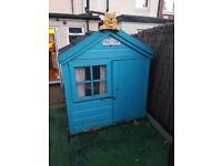 garden play house.. in pretty good condition.