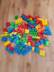 Mega Bloks Building Blocks x 110 blocks