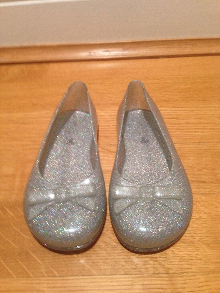 Gap Summer Silver Sparkling Shoes - Size 11