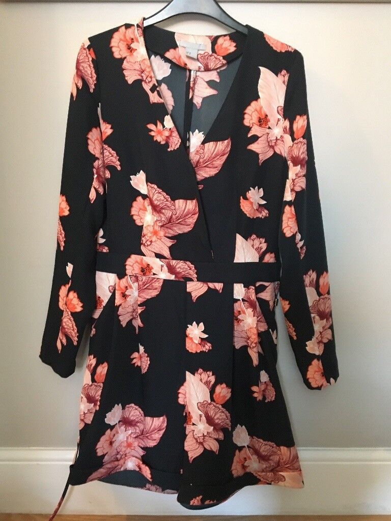 5c28ebd3be Stunning H M Navy Floral Playsuit 12 - immaculate