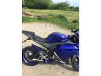 Yamaha r125 blue 2014 low mileage