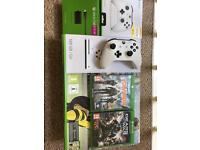 500gb Xbox one s, 2 controllers and 2 games swap for projector or??